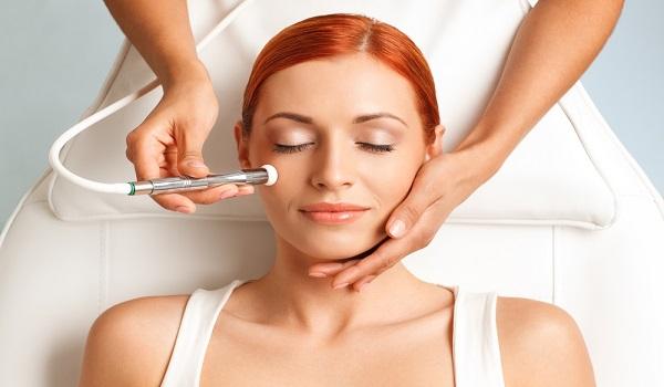 cosmetic dermatologist in Delhi